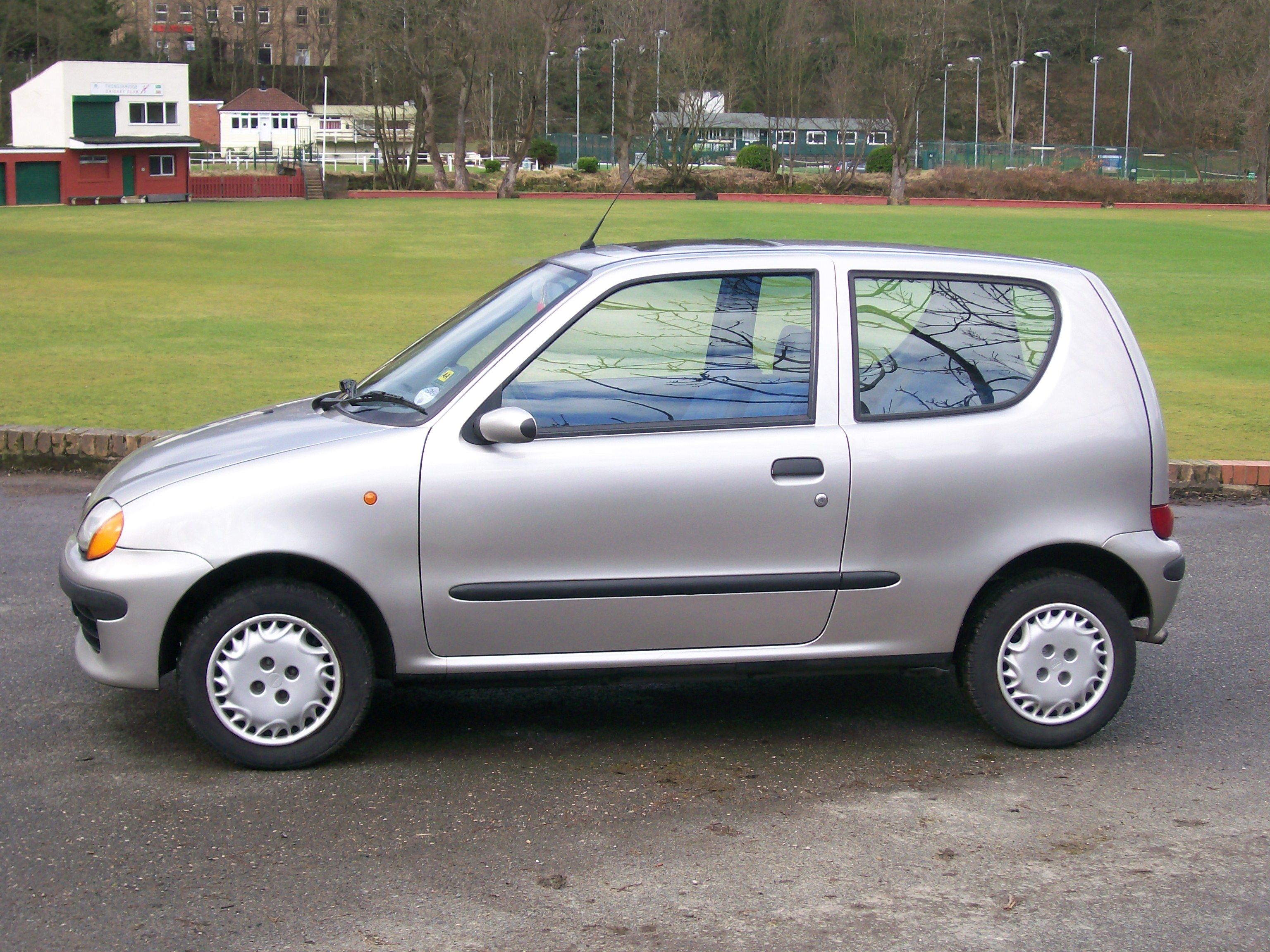 fiat journey wikiwand crossroad reviews dodge en tree seicento